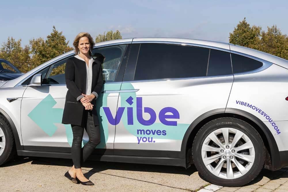 Foto von Lisa Ittner, CEO von vibe, und Entrepreneurin mit weitreichenden Wurzeln in der Gründer-Szene